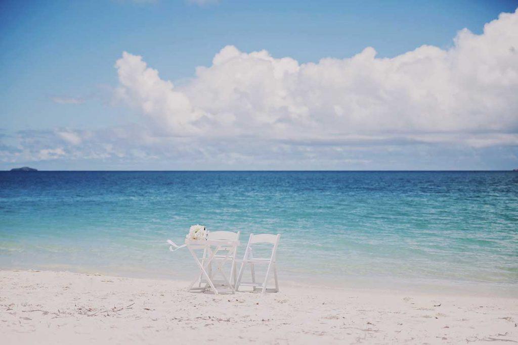 Whitehaven-Beach-Elopement-Wedding