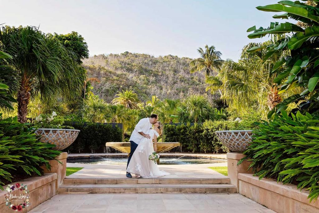 Tropical-Wedding-Ceremony-With-Bride-And-Groom