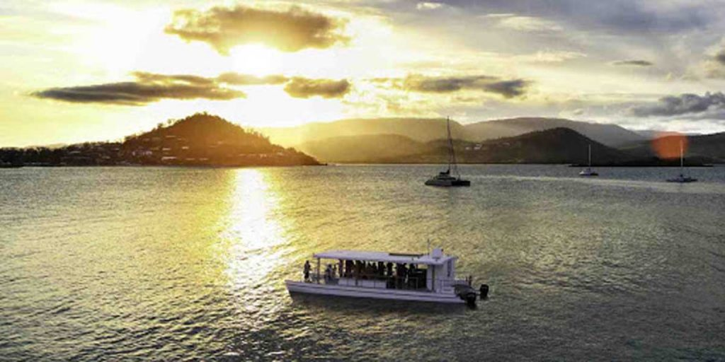 Sundowner-Sunset-Cruise-Airlie-Beach